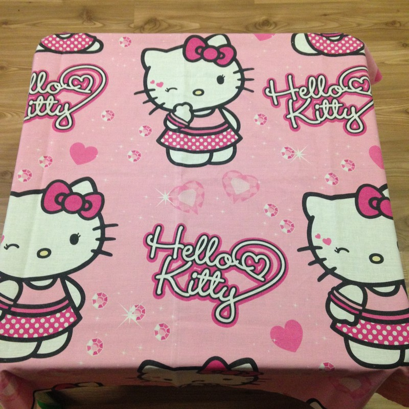 Table cloth (Hello Kitty) for party hire Bloemfontein