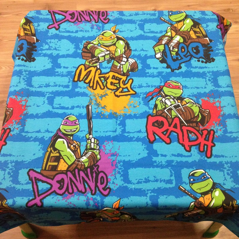 Table cloth (Ninja Turtles) for party hire Bloemfontein